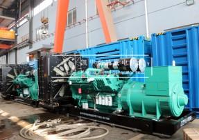 两台1200KW重庆康明斯发电机组工厂发货